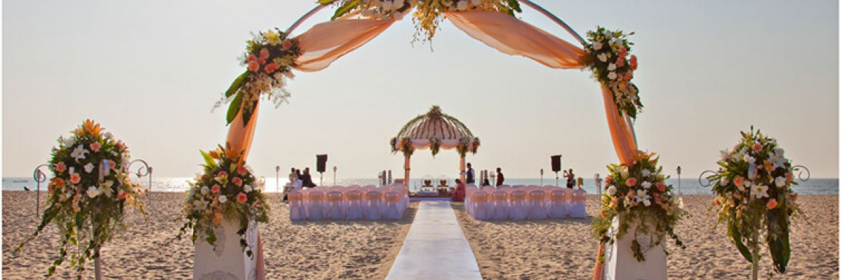 10 STUNNING WEDDING MANDAP DECOR IDEAS TO INSPIRE YOUR WEDDING!!